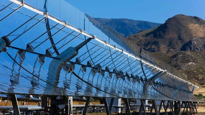 Forschung für effizientere Sonnenkraftwerke: Testanlage DUKE (Quelle: DLR (CC-BY 3.0))